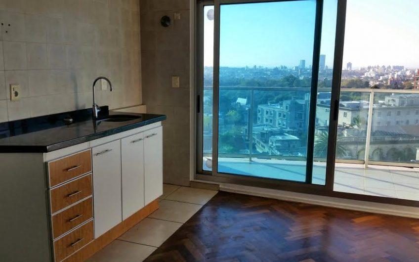 Edificio moderno, vistas panorámicas. Alquiler $ 20.000-